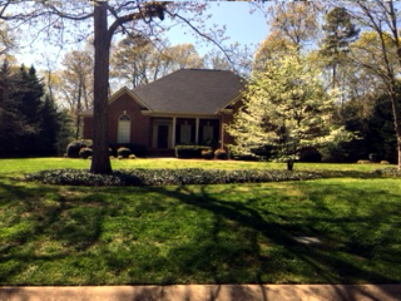 lawn maintenance in simpsonville sc